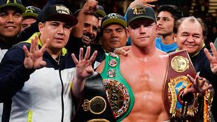 Canelo Álvarez ha demandado a Golden Boy Promotions y DAZN