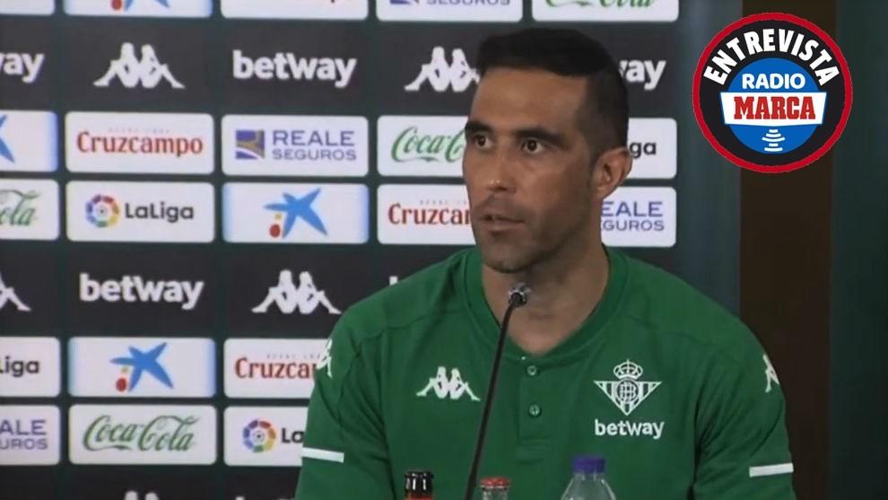 """Claudio Bravo: """"En el Betis voy a estar siempre con el cuchillo entre los dientes"""""""
