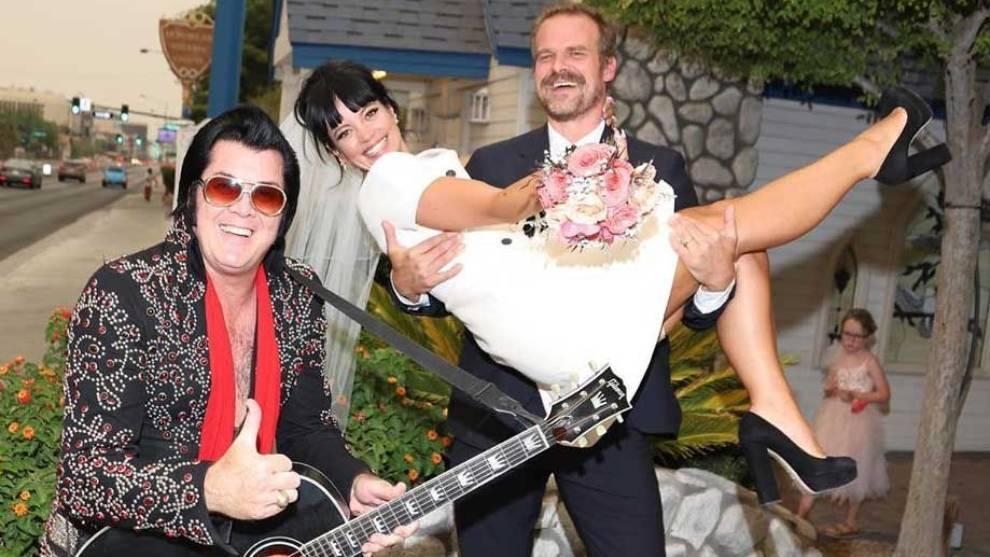 Lily Allen se casa en Las Vegas con el actor David Harbour, de 'Stranger Things' | Marca.com