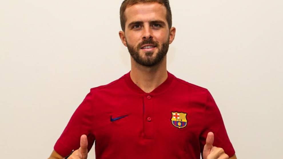 Pjanic débarque à Barcelone