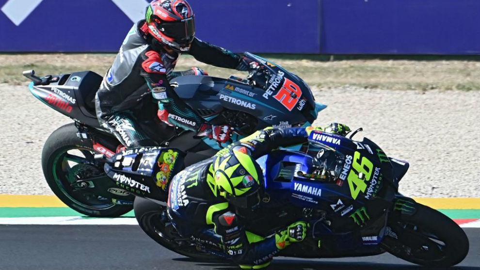 Rossi y Quartararo, durante la jornada de ayer.