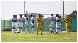 Jugadores del Elche celebrando un gol