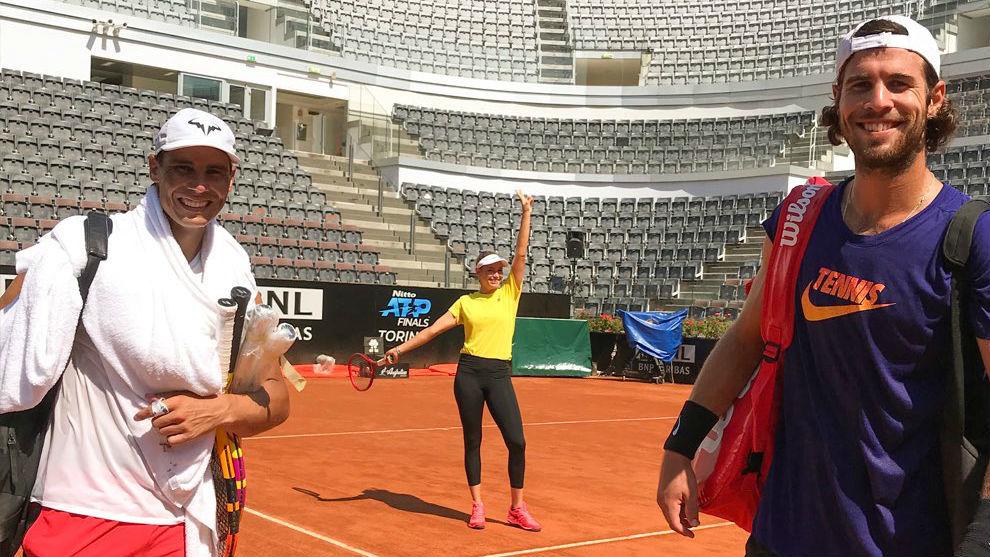 Nadal y Khachanov coincidieron hoy en su entrenamiento en el Foro...
