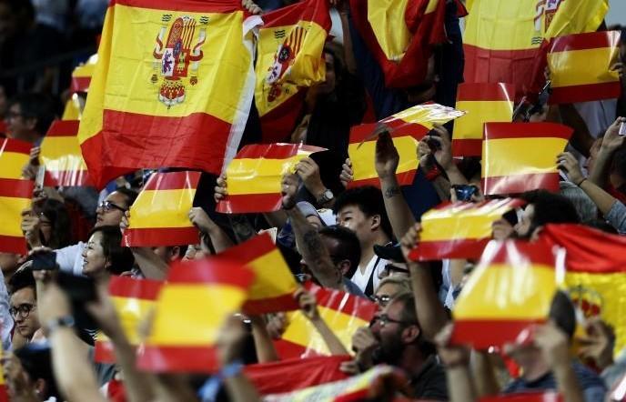 Españoles y portugueses no son blancos, según el New York Times