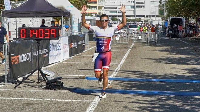 Javier Gómez Noya vence con autoridad en el Triatlón Ciudad de Santander   Marca.com