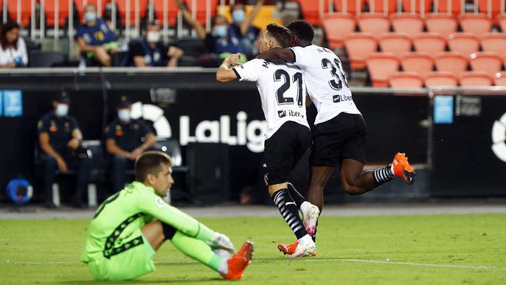 El Valencia supera el pánico