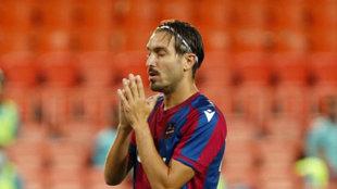 Campaña se lamenta de un gol encajado en Mestalla.