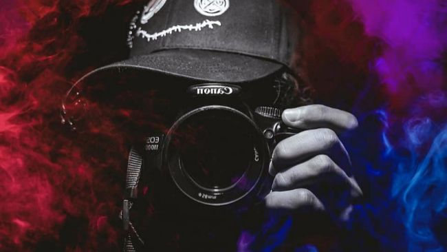 Kit para 'youtubers' y 'tiktokers': cámaras, micrófonos, focos y otros accesorios con los que arrasar