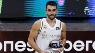 Facundo Campazzo, MVP de la Supercopa