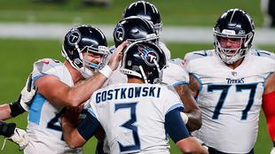 Los Titans en festejo tras vencer a los Denver Broncos