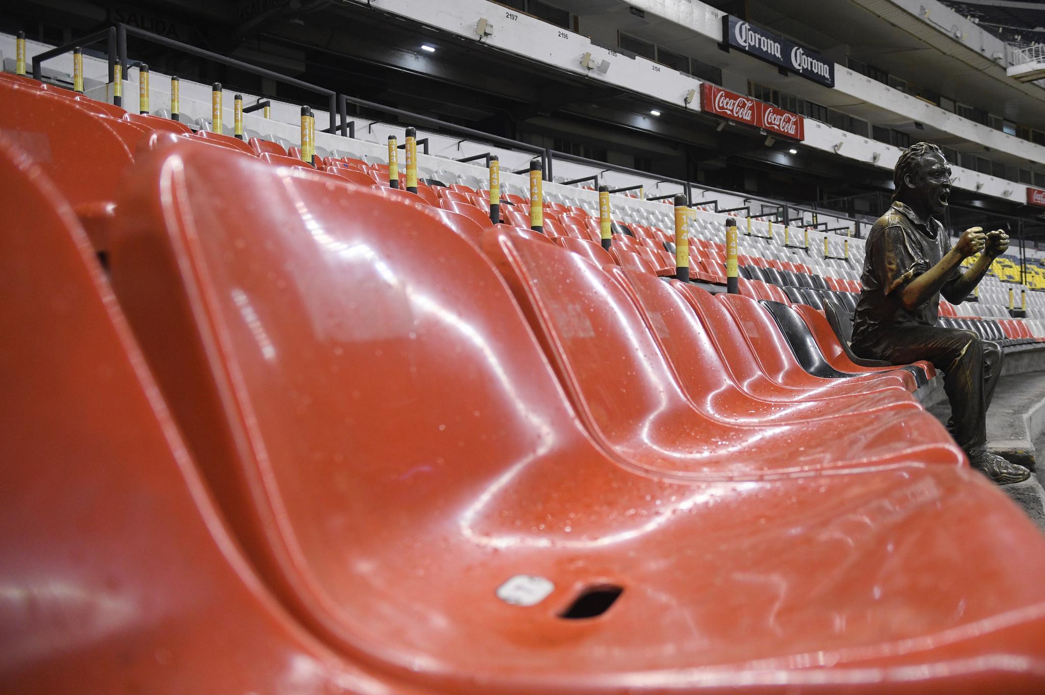 'Nachito', el 'aficionado de bronce' que será el único 'espectador' en el Clásico Nacional