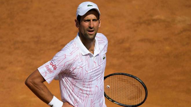 Vovak Djokovic, durante el partido de segunda ronda de Roma ante...