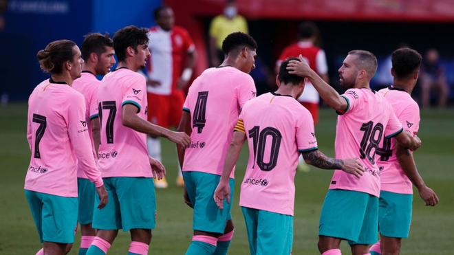 Con doblete de Messi, Barcelona gana 3-1 al Girona en amistoso