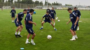 Los jugadores del equipo maño durante un entrenamiento.