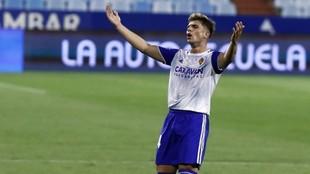 Raúl Guti durante un partido con el Real Zaragoza.