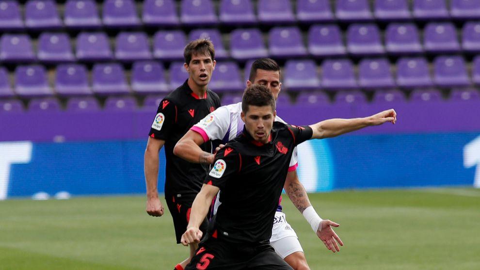Zubeldia, en una acción del partido contra el Valladolid.