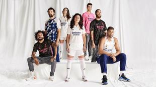 Las jugadoras del primer equipo de fútbol femenino del Real Madrid,...