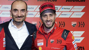 Domenicali y Dovizioso, en la presentación de este año.