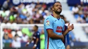 Quique González en un partido con el Eibar