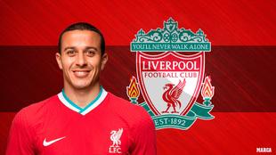 Thiago Alcántara, con la camiseta del Liverpool.