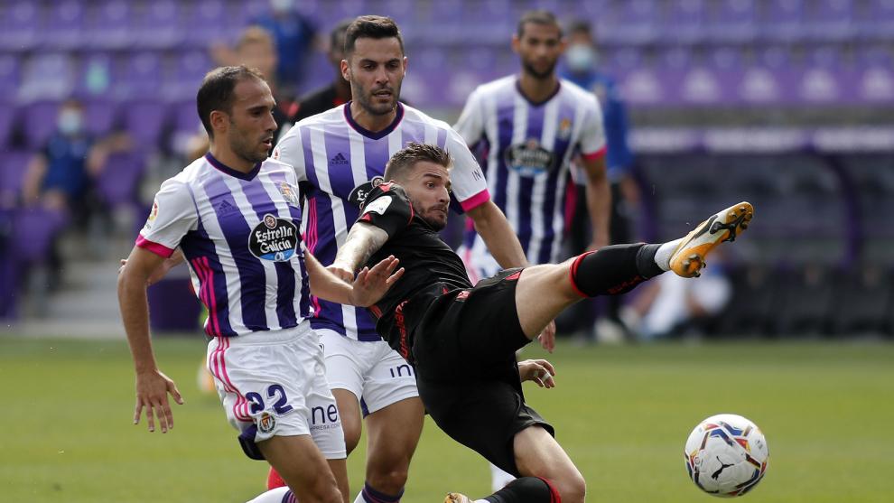El Real Valladolid y la Real Sociedad en el primer partido de la...