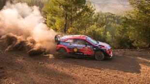 Loeb vuelve a encabezar un año después un rally del Mundial.