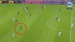 """""""Mirad el gol que hace, está enfermo"""": el gol de un lateral que asusta en Sudamérica"""