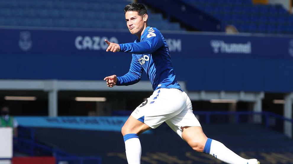 Everton 5-2 WBA: James Rodriguez leads Everton's attacking