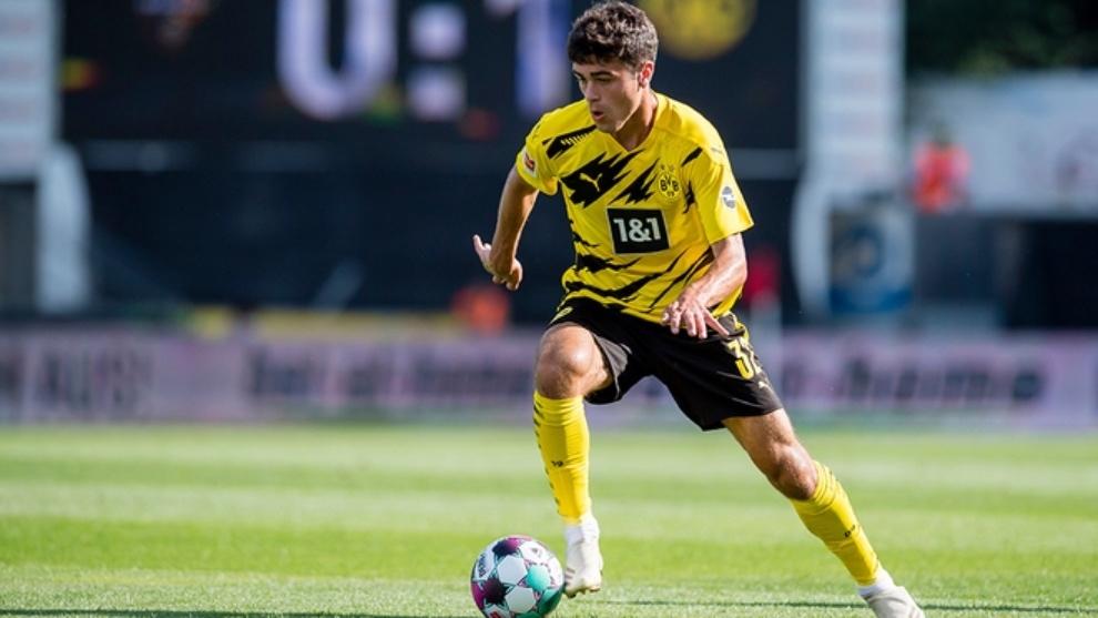 Gio Reyna marque son premier but en Bundesliga à 17 ans