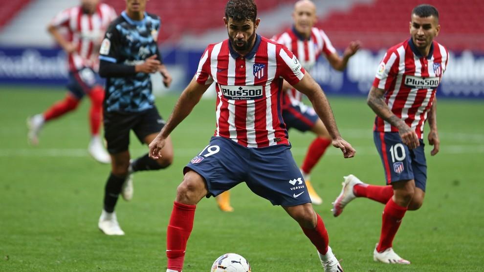 Diego Costa, durante el partido contra el Almería.