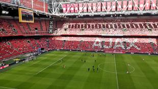 Ajax venció 3-0 al Waalwijk en la segunda fecha de la Eredivisie. |