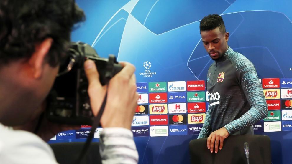 Semedo, en una rueda de prensa con el Barcelona.