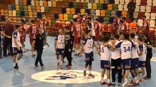Los jugadores del Granollers celebran la victoria en Cuenca /