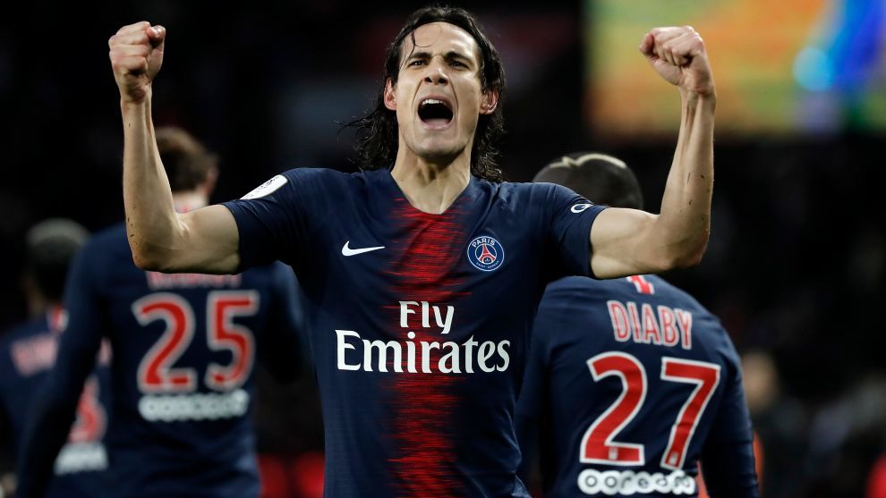 Cavani set to sign for Manchester United