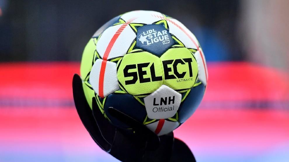 El antiguo balón de la Lidl StarLigue /