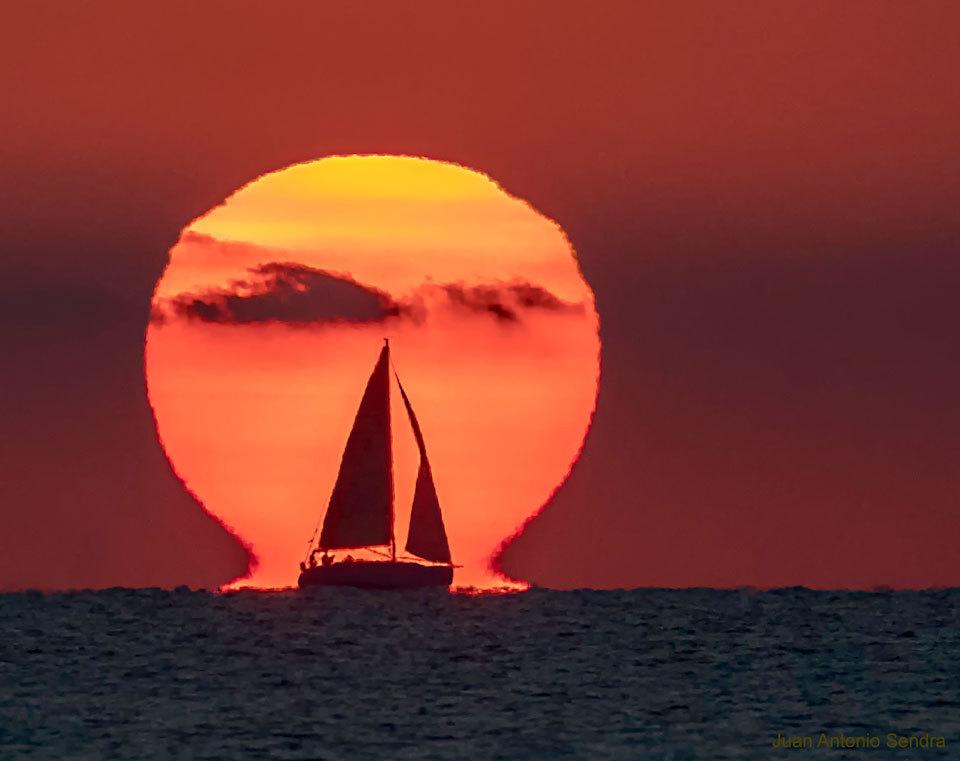 El Sol Omega de Cullera es la foto astronómica del día para la APOD...