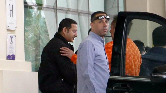 Anil Murthy y Lim se saludan en la última visita de este último a...
