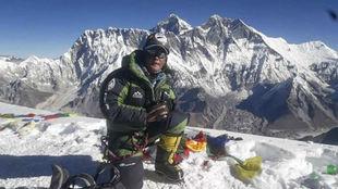 Lhakpa Nuru Sherpa ha comenzado a aclimatarse al pie del Everest.