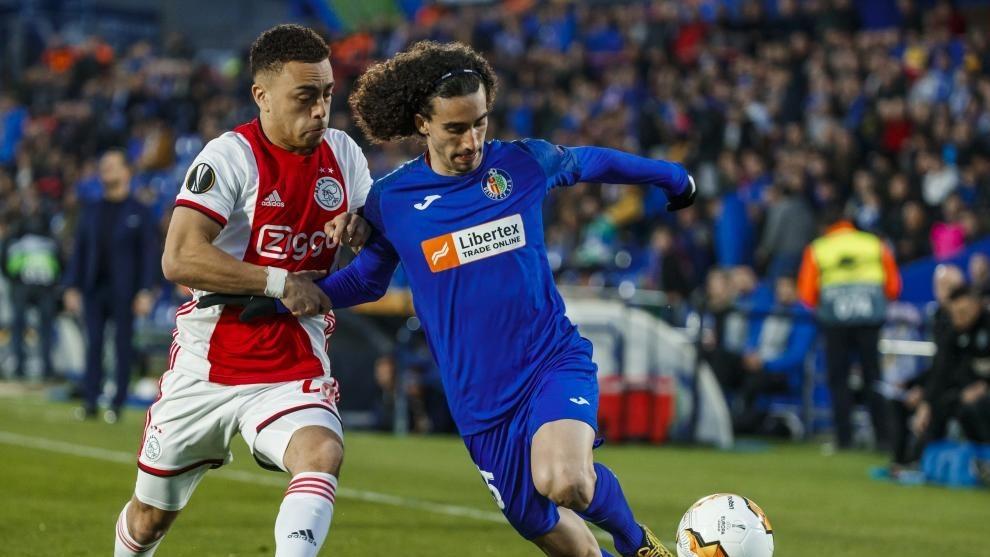 Dest, en un  partido con el Ajax contra el Getafe.