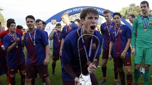 Jugadores del Barça celebrando al Youth League de 2018