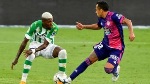El lateral brasileño, durante el partido del domingo frente al...