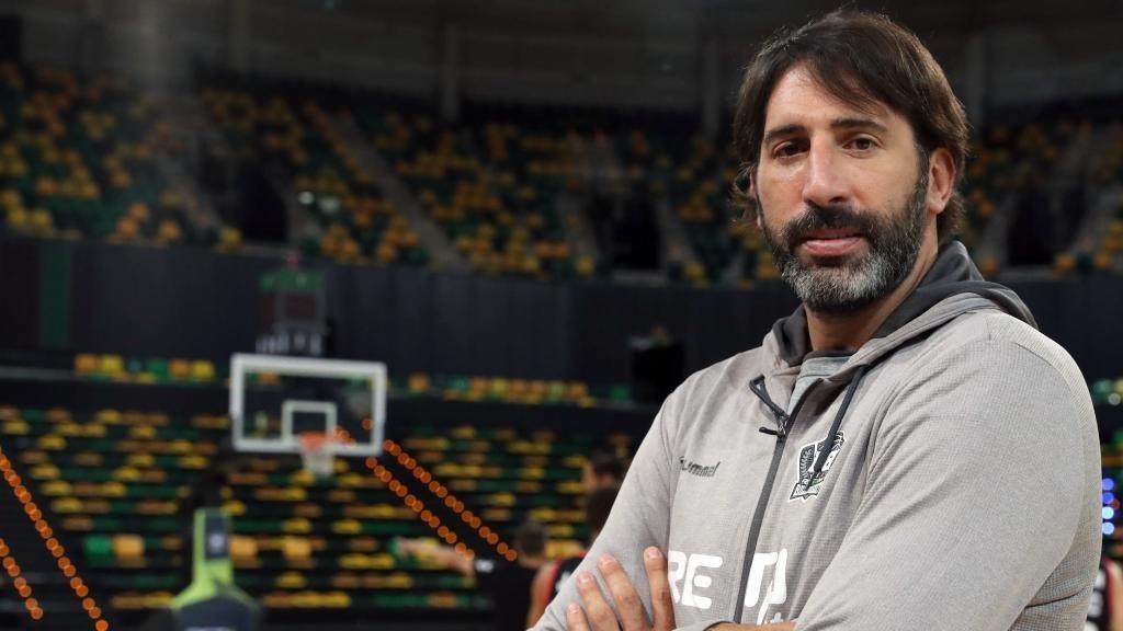 Alex Mumbru, antes de un entrenamiento en el Bilbao Arena.