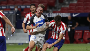 Paulino de la Fuente y Giménez en un partido entre el Deportivo...