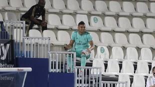 Casemiro, en la grada del Di Stéfano en un partido de la Liga pasada.