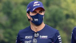 Checo Pérez en el Gran Premio de la Toscana  