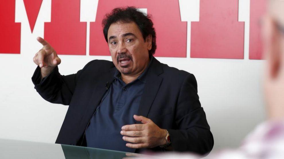 Hugo Sánchez durante una visita a MARCA