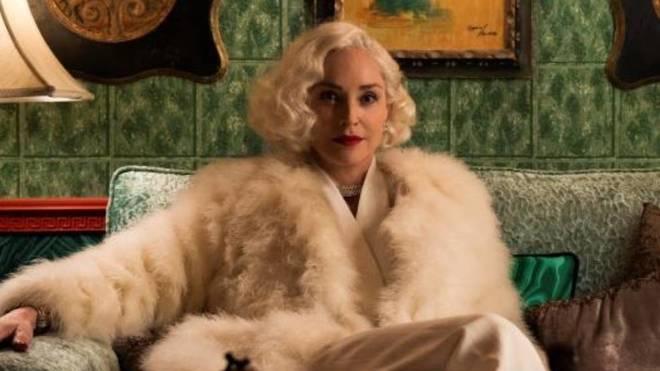 Sharon Stone interpretando a Lenore Osgood en la serie 'Ratched'