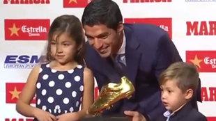 Luis Suárez manda su último mensaje de despedida: hay una imagen con Messi...