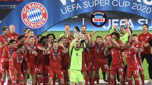 El Bayern celebra la Supercopa de Europa.