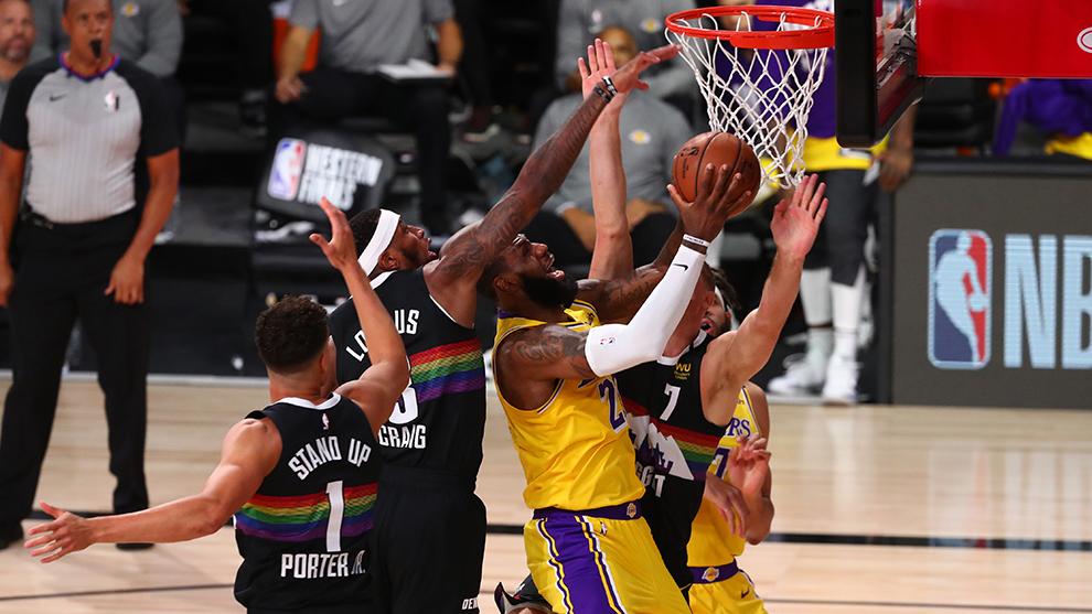 Lakers están a un triunfo de final de la NBA, tras vencer a Nuggets en el juego 4 de las finales de la Conferencia Oeste